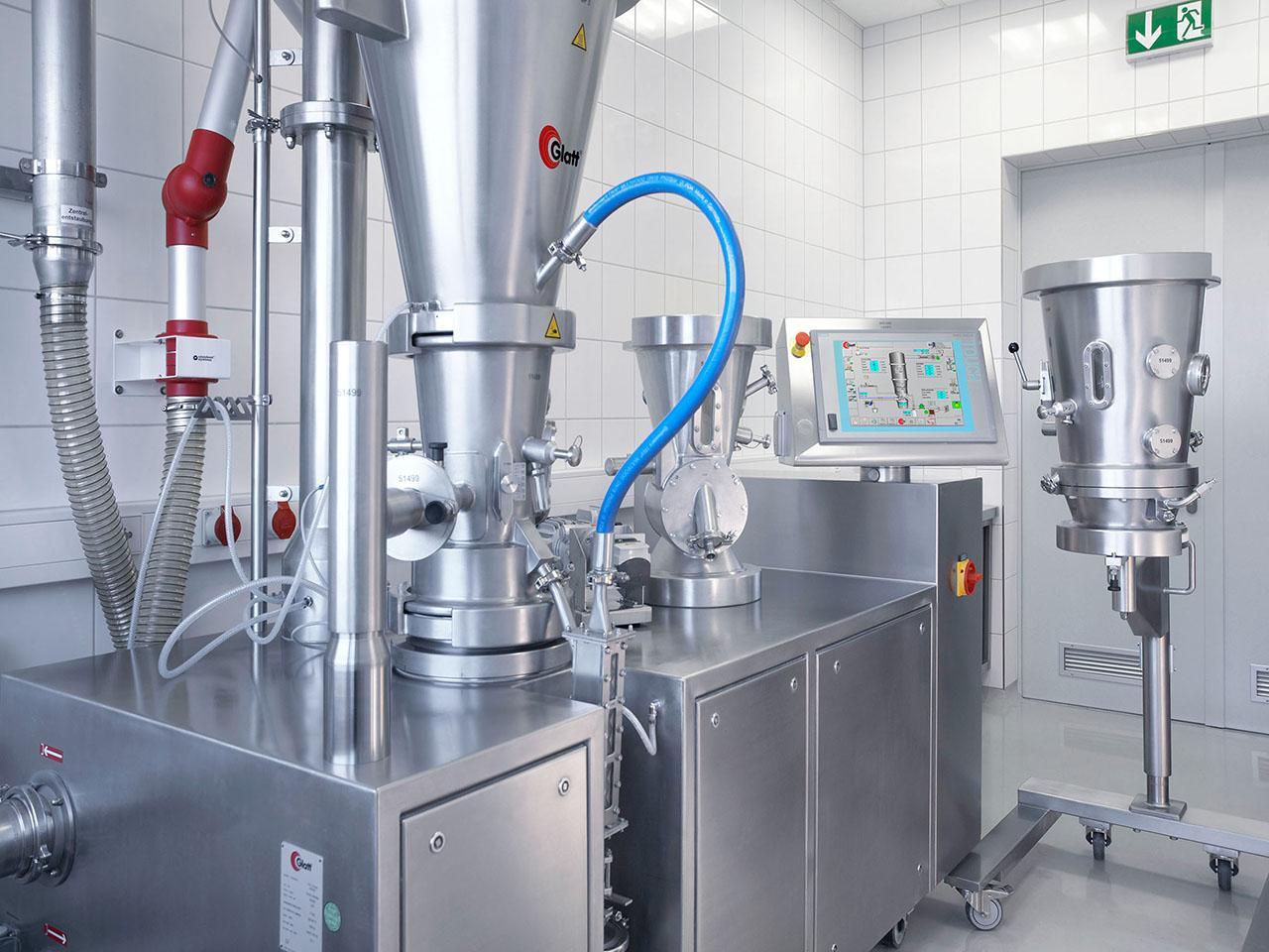 Glatt mobile laboratory unit ProCell LabSystem